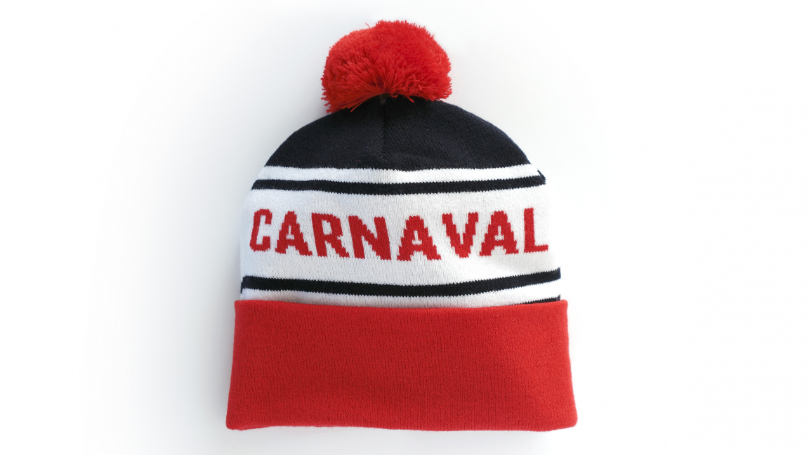 The navy blue and red tuque for Adults made in Quebec