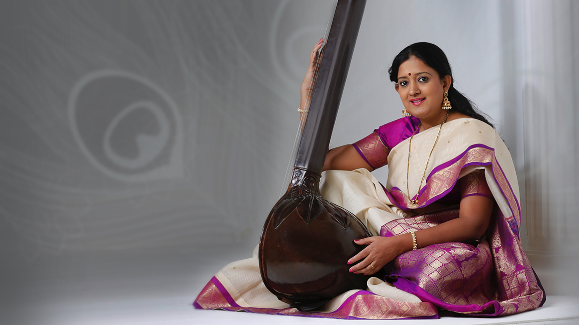 Vocal concert by Manjiri Asnare Kelkar