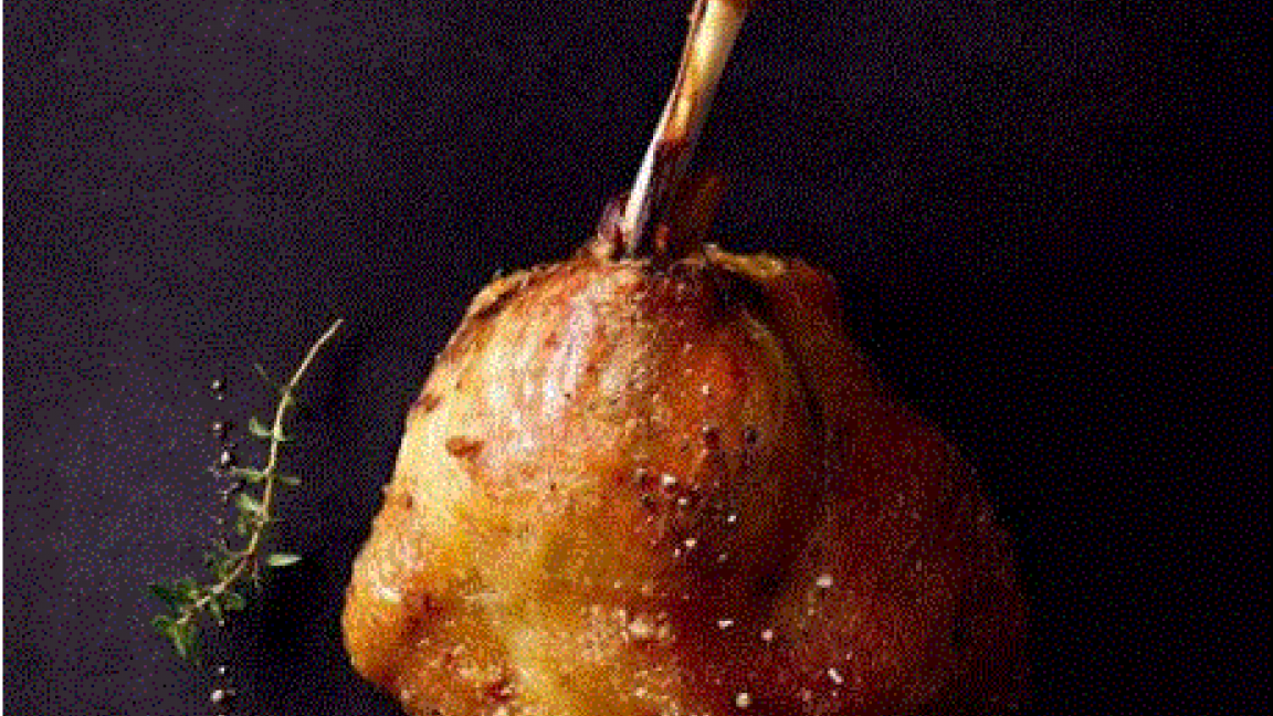 Cuisse de canard confite, pavé de pommes de  terre au gratin par Les Canardises