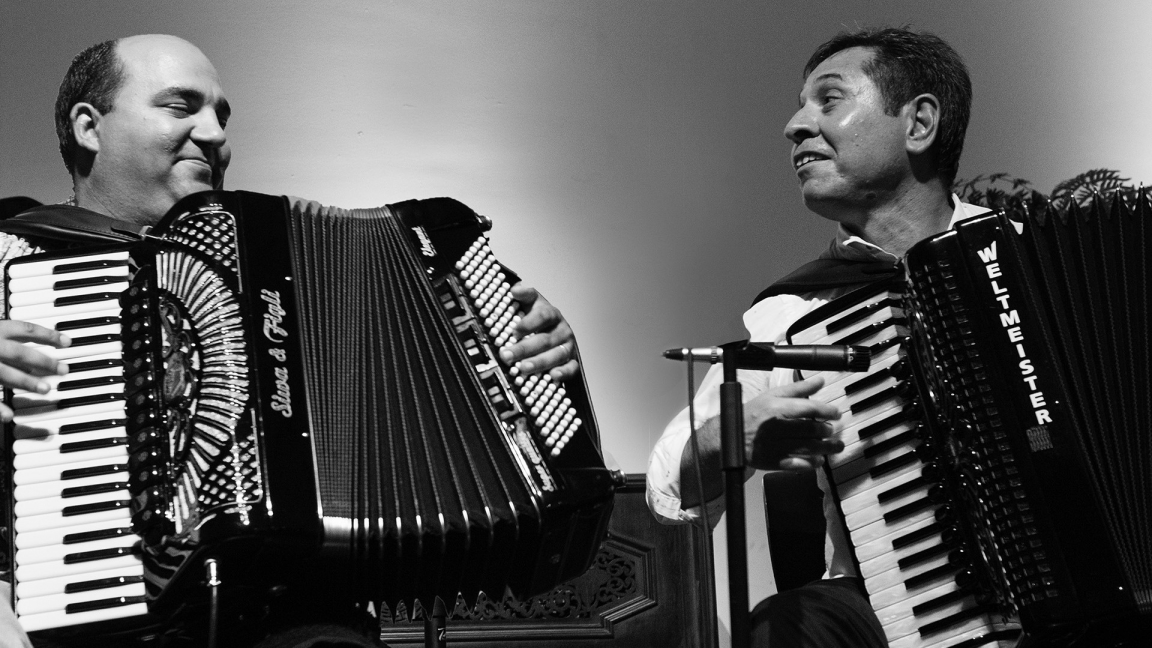 Petar Ralchev & Sergiu Popa :  virtuosos of the accordion