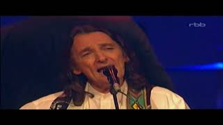 Give a Little Bit - Roger Hodgson (Supertramp Singer-Songwriter) with Orchestra